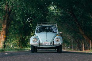 automobile-1838782_1280