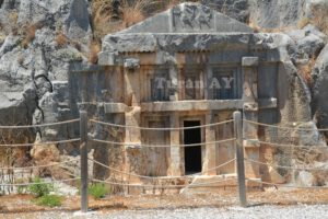 myra-antik-kenti-likyanin-en-parlak-kenti-3